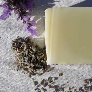 savon à froid, savonnerie du Gard, Cévennes, cosmétiques bio, la sittelle, savonnerie artisanale, saponification à froid.